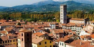 Lucca Economici Voli a Provincia di Lucca, Italia